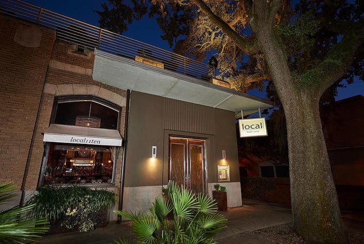 Local 10 11 Restaurant front